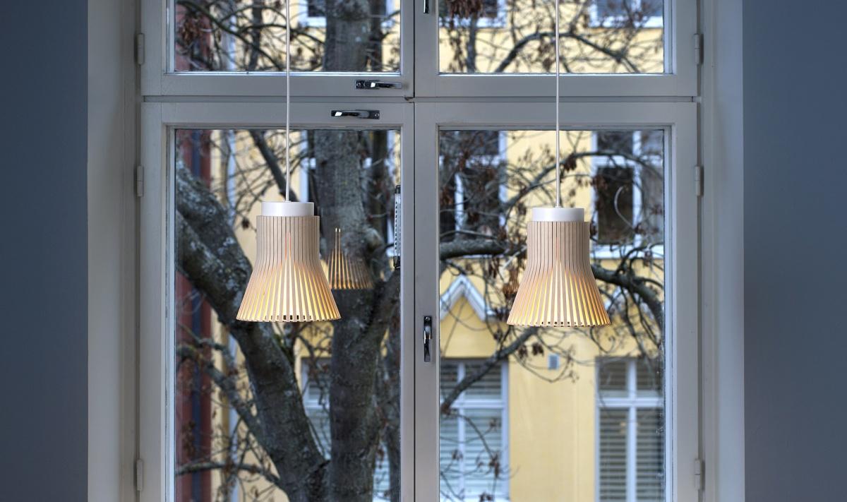 Petite 4600 fönsterlampa